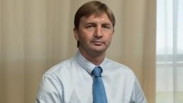 Видео: Депутат навнедорожнике сбил девочку напешеходном переходе вНовороссийске
