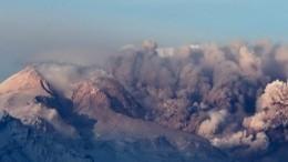 Спасатели Камчатки готовятся кэвакуации из-за извержения вулкана Шивелуч