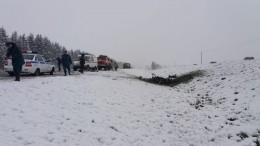 Видео: встрашном ДТП сКАМАЗом под Вологдой погибли местные чиновницы