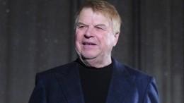 Актер Михаил Кокшенов был доставлен вбольницу