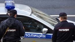 Видео: ВСаратове началась давка возле машины сподозреваемым вубийстве девочки