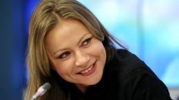 46-летняя Мария Миронова вышла всвет после родов