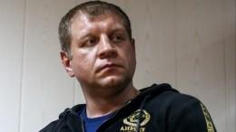 «Под стулья заглядывал»: Емельяненко разочарован, что невстретился сКокляевым