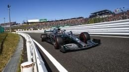 Mercedes вшестой раз подряд взял Кубок конструкторов «Формулы-1»