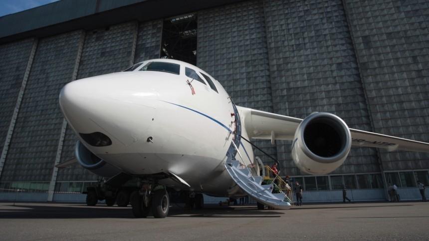 Пассажирский самолет, летевший изИркутска вМирный, выкатился запределы ВПП при посадке