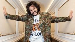 Киркоров поздравил Лободу, выложив фото певицы воткровенном наряде