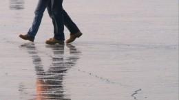 Три человека провалились под лед ипогибли вЯНАО