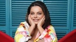 «Веселушка»: Наташа Королева вывела насцену практически голого Тарзана