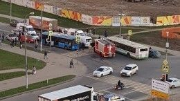 Один человек погиб иеще один пострадал вмассовом ДТП назападе Москвы— фото