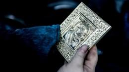 Изхрама вЛенобласти похитили драгоценности натри миллиона рублей