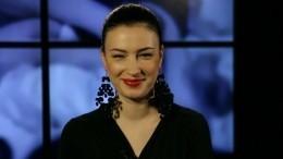 Суд обязал Порошенко выплатить 270 тысяч гривен певице Анастасии Приходько