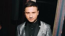 «Одно лицо»: Лазарев опубликовал семейный снимок