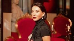 «Макароша»: Алика Смехова показала фото повзрослевшего младшего сына
