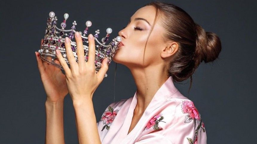 Фото: Маргарита Паша показала финальное платье для конкурса «Мисс Мира»