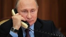Путин иМакрон обсудили ситуацию наУкраине ипередачу трех судов