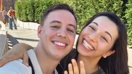 Ревнивый австралиец подарил девушке купальник сосвоим лицом