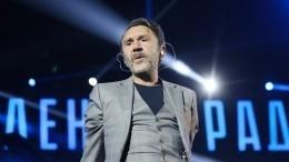 Сергей Шнуров извинился перед верующими заклип «Иисус»