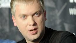 Участник «Уральских пельменей» заявил, что ждет возвращения Сергея Светлакова вкоманду