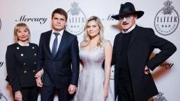 Михаил Боярский назвал главное требование кбудущему мужу красавицы-внучки
