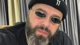 Максим Фадеев привел внедоумение подписчиков снимком смладенцем наруках
