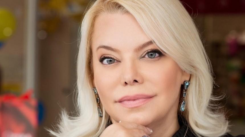 Яна Поплавская назвала свадьбы Волочковой иСобчак обезьяньим театром