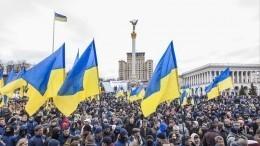 Порошенко присвоил звания Героев Украины погибшим впьяных драках иДТП