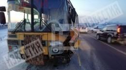 Девять кадетов пострадали вДТП слегковушкой иавтобусом под Иркутском