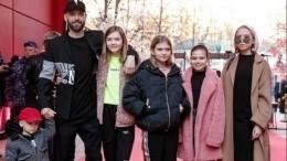 Лидер Uma2rman Владимир Кристовский станет отцом вшестой раз