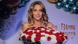 «Чистая пятница»: Юлия Ковальчук порадовала фанатов снимком вбане