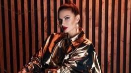 «Госпожа Эва»: Бледанс вБДСМ-костюме предложила кого-нибудь отшлепать