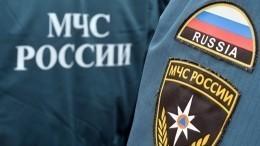 Очевидцы сообщили опожаре вторговом центре наюго-западе Москвы