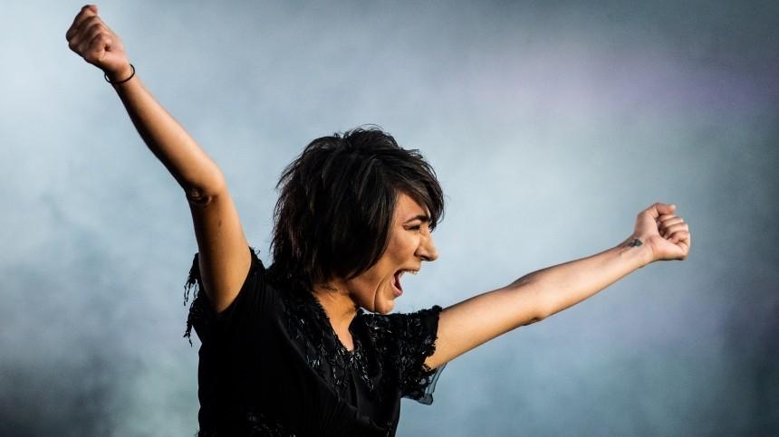 Земфира представила две новые песни