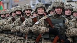 Украинский военнослужащий шокировал сеть, показав, как кормят вВСУ