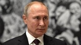 Путин уволил десять генералов СКР, МЧС, МВД