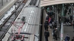 Снежный циклон вызвал многочасовые задержки поездов наСеверо-Западе России
