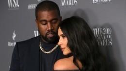 Ударившийся врелигию муж запретил Ким Кардашьян носить откровенные наряды