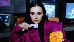 Серябкина анонсировала новые песни заворожительной фотографией соспины
