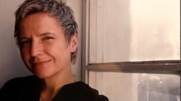 «Вынеявляетесь родственниками»: попытка Сургановой найти настоящую мать провалилась