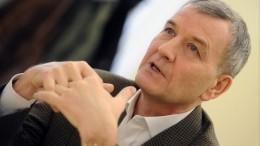 Беглый владелец крупнейшего автодилера «Рольф» Сергей Петров продает бизнес