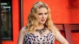 Анна Семенович рассказала огенетическом заболевании груди