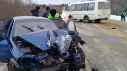 Четыре человека пострадали вДТП спассажирским автобусом вКоми