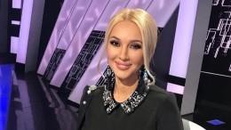 «Серьезная девочка»: Кудрявцева показала подросшую дочь вбассейне