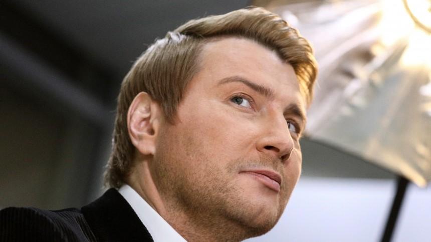 Отец Николая Баскова перенес операцию занесколько лет досмерти