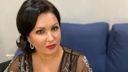 Анна Нетребко впечатлила своих поклонников «сказочными» леггинсами отVersace
