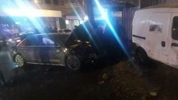 Видео сместа ДТП, где автомобиль влетел втолпу школьников вНижнем Новгороде