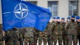 Обиды, скандалы, амбиции: Как президенты юбилей НАТО отмечали