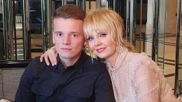 Сын Валерии госпитализирован после ДТП под Петербургом