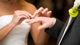 Пять причин пожениться ввисокосный год, несмотря насуеверия