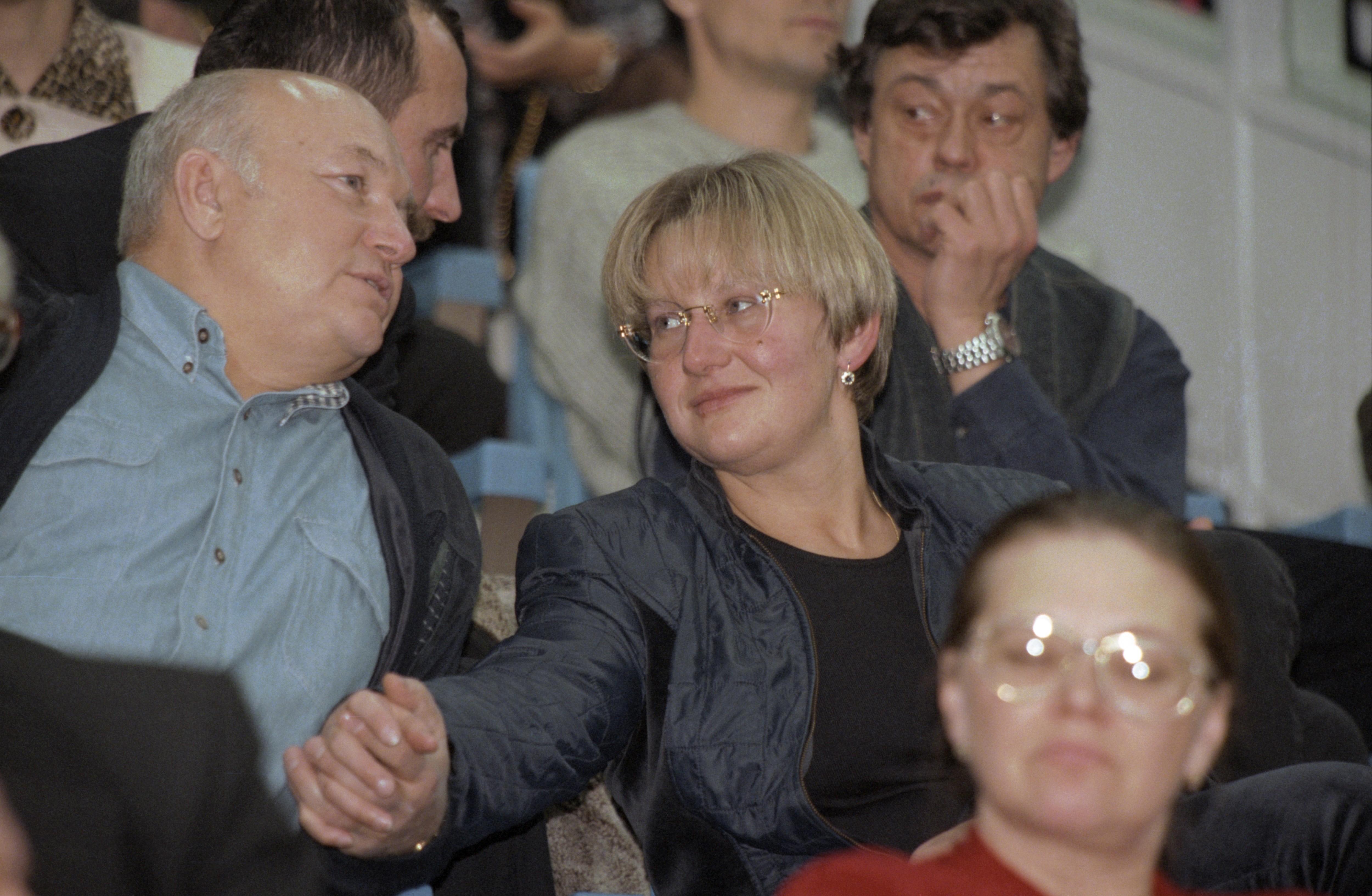 Юрий Лужков сженой Еленой Батуриной на«Кубке Кремля» в1997 году