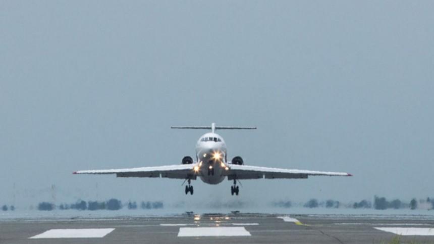 Пассажирский Як-42 вернулся ваэропорт Уфы после отказа двигателя